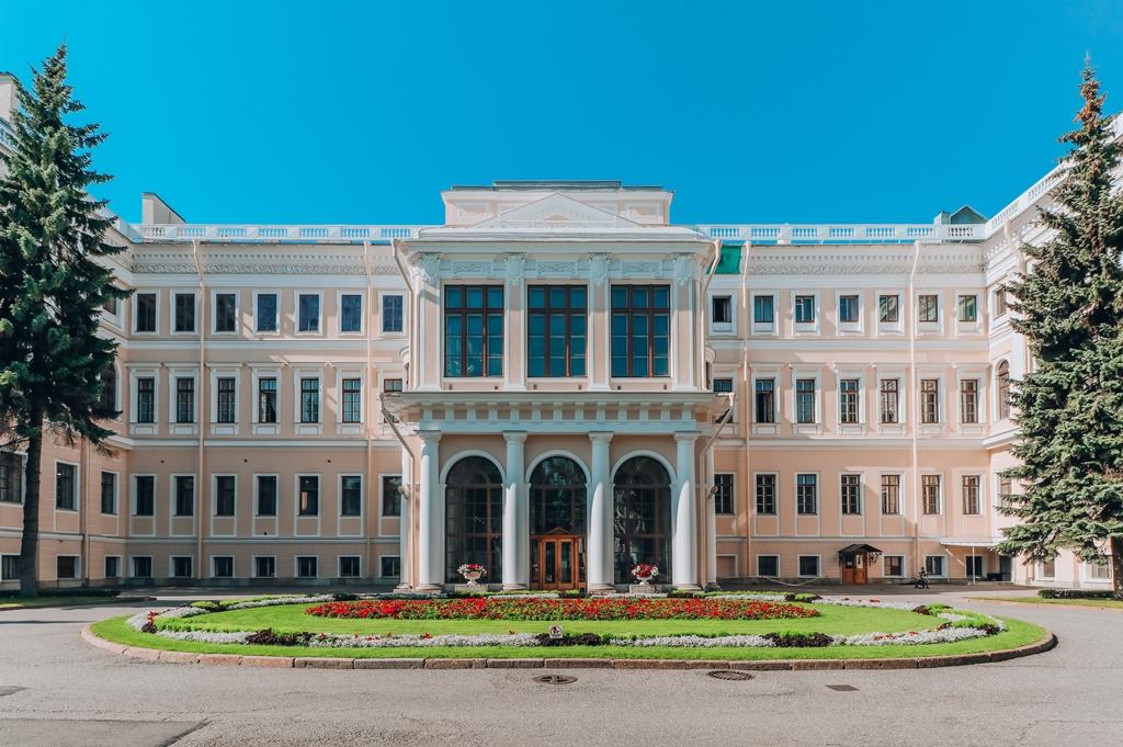 Малый николаевский дворец в кремле фото субботу традиционные