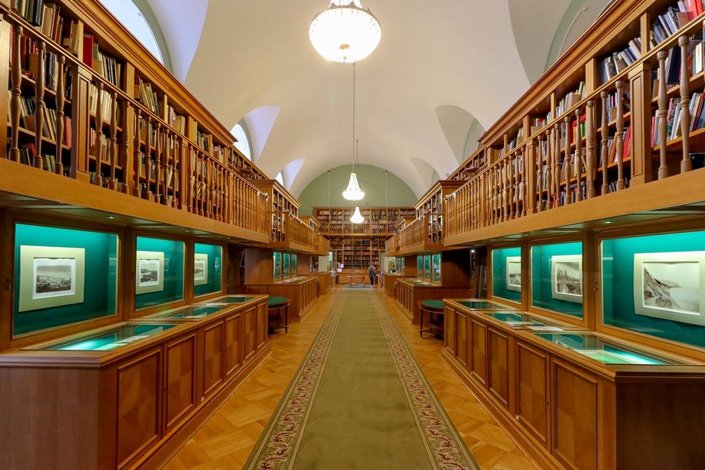 фото библиотек россии моём